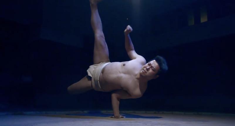 相撲,ダンス